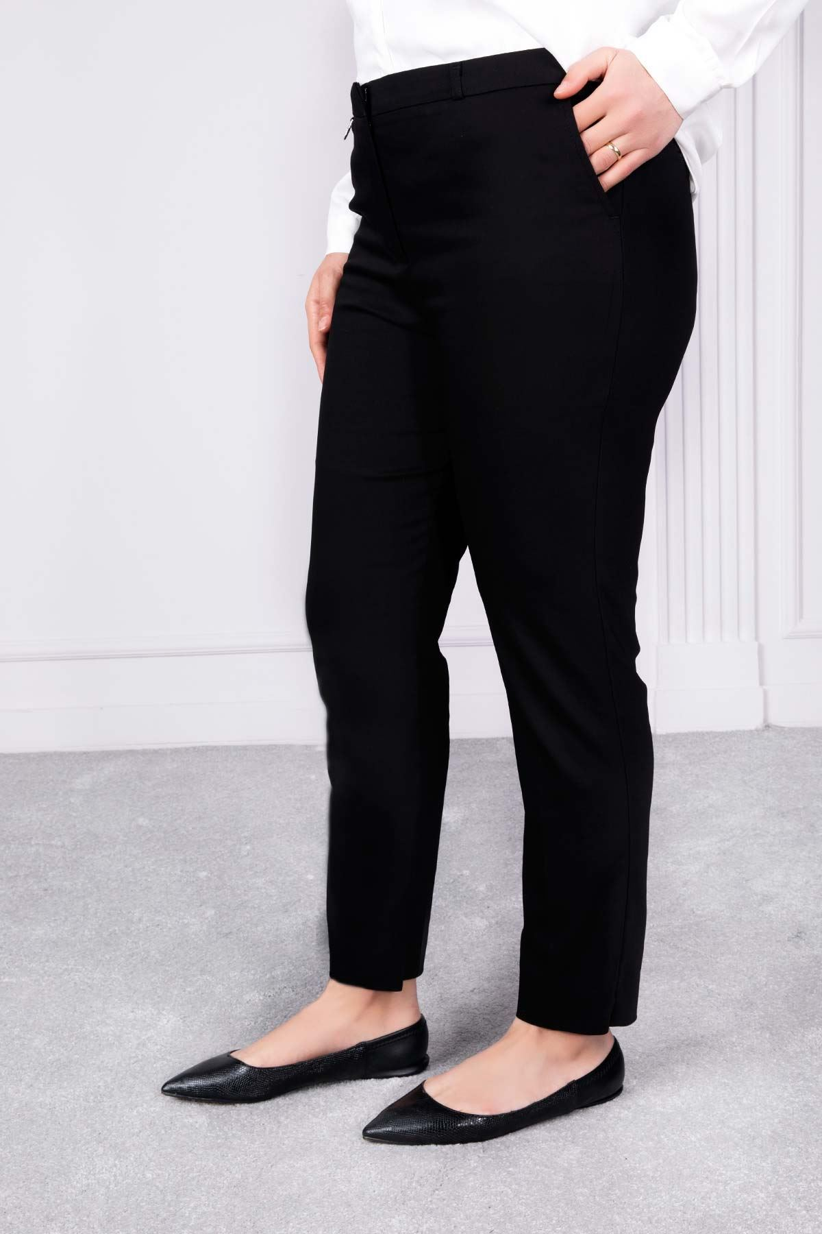 Yırtmaç Detaylı Sigaret Pantolon Siyah 2139-45